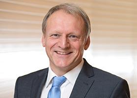 Internist und Kardiologe Dr. med. Reinhold Busch